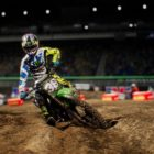 Monster Energy Supercross prend l'air avec le DLC Compound